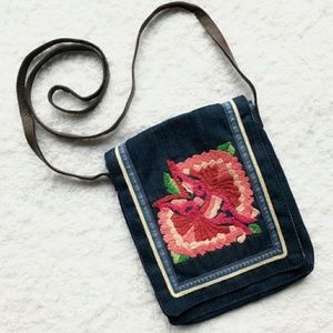 [NWT!] LUCKY BRAND floral embroidered purse